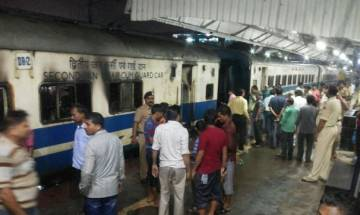 3 bogies of Ranchi Jan Shatabdi Express catch fire in Patna Junction, no injuries reported