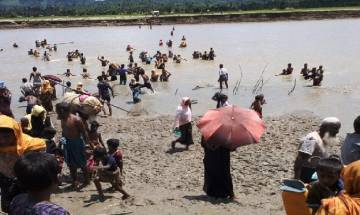 Myanmar government evacuates 4000 non-Muslims from Rakhine state