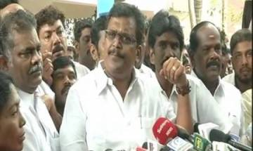 AIADMK row: Tamil Nadu Assembly Speaker serves notice to 19 MLAs supporting Dhinakaran, asks to explain stance by Sept 5