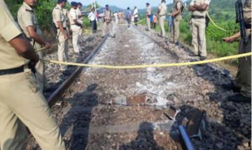 Seven coaches of Howrah-Jabalpur Shaktipunj Express go off-track in Uttar Pradesh, no injuries reported