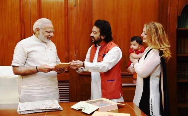 In Pics When Pm Modi Got Up Close And Personal With Adnan Sami