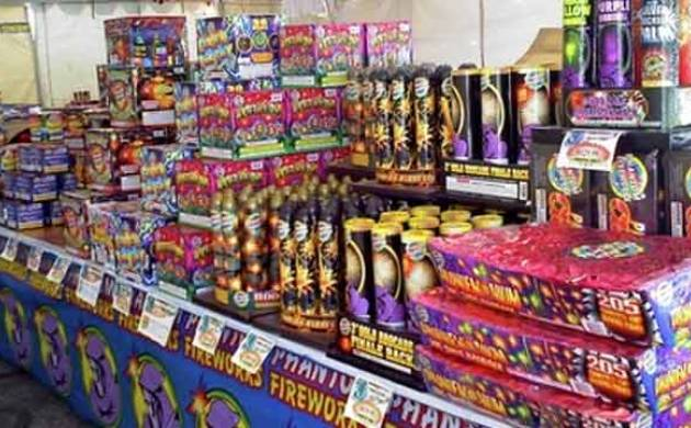 SC lifts ban on sale of fire crackers, may revise order near Diwali based on air quality