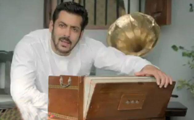 Bigg Boss 11: Salman Khan pays tribute to Kishore Kumar in new promo, reveals launch details