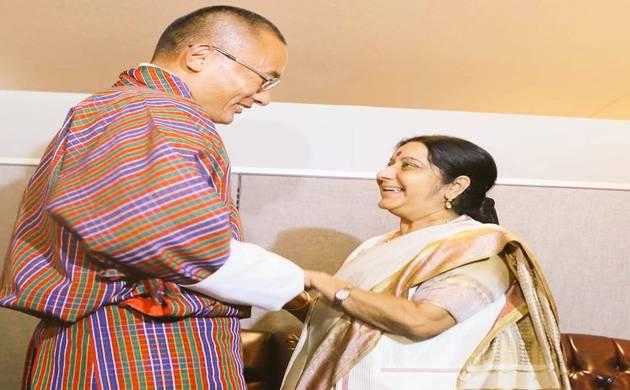 Sushma Swaraj meets Bhutanese Prime Minister Tshering Tobgay (Twitter Image)