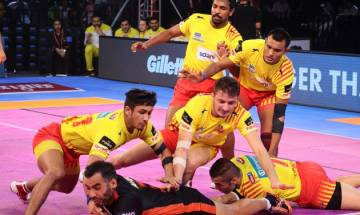 Pro-Kabaddi League 2017: Gujarat Fortunegiants beat U Mumba 45-23