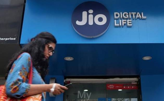 Reliance JioPhone delivery may be delayed; All you need to know (Source: PTI)