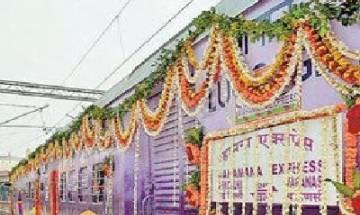 PM Narendra Modi to flag off Mahamana express between Varanasi- Vadodara