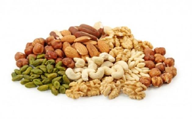Taking nuts in your diet can help to reduce weight and obesity risk, says study
