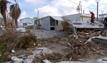 Puerto Rico suffers severe power cut as Hurricane Maria pummels island with devastating force