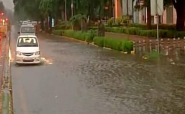 Delhi: Continuous rains lead to traffic jams, waterlogging (ANI Image)