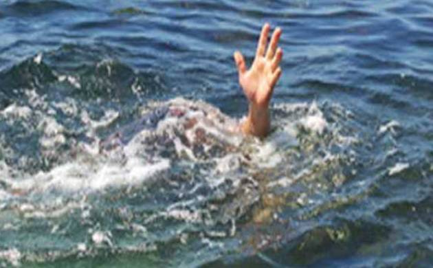 Bengaluru teenager drowns, while friends take selfies