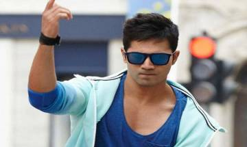 Varun Dhawan to bill producers Rs 25 crore per film