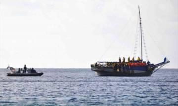 Boat carrying Rohingya refugees capsizes near Bangladesh coast, 2 dead, many others missing