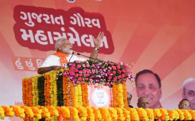 Prime Minister Narendra Modi says Gujarat election is fight between development and dynasty. (Source:Twitter/Narendramodi_in)