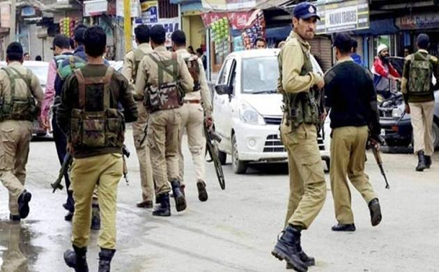 J&K: Security forces arrest Hizb terrorist Arizoo Bashir from Tral (File photo)