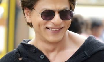 Bollywood superstar Shah Rukh Khan expresses admiration for Akshaye Khanna's work