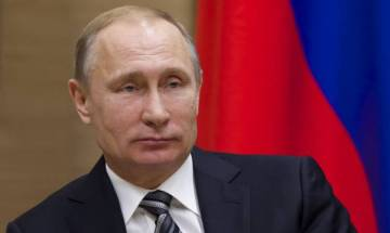 Vladimir Putin participates in Russian military drills, personally launches 4 missiles