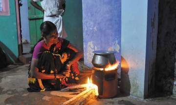 Indoor air pollution caused 1.24 lakh premature deaths in India in 2015: Report