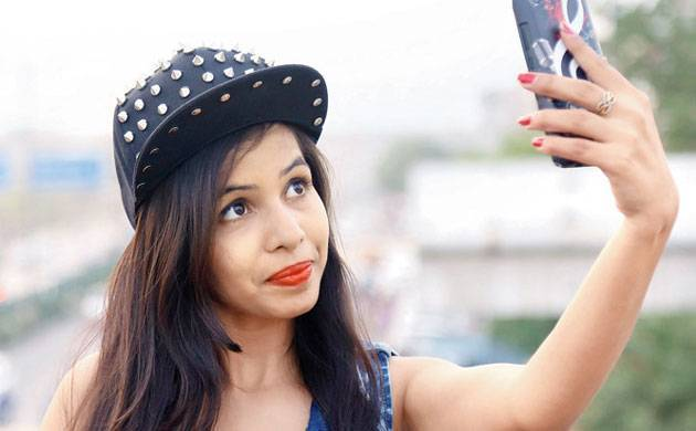 Bigg Boss 11 Exclusive : Dhinchak Pooja makes surprising revelations about Hina Khan