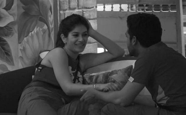 Bigg Boss 11: Puneesh Sharma and Bandgi Kalra share intimate moments on camera!
