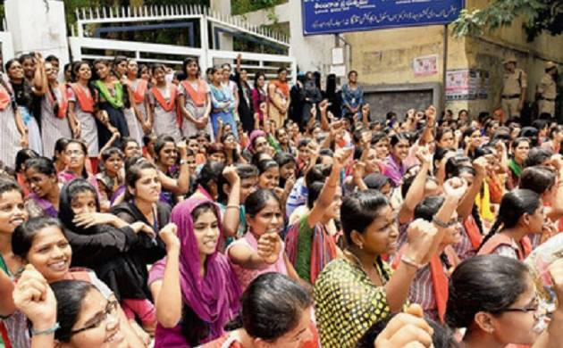 Hyderabad: Private school students stage protest due to 'long school hours'