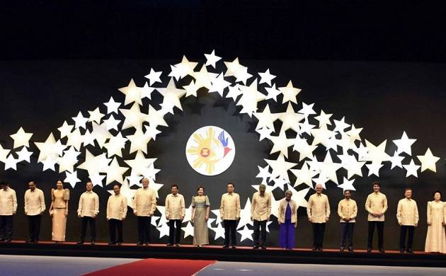 World leaders of more than 20 countries gather at Manila (Source: Twitter)
