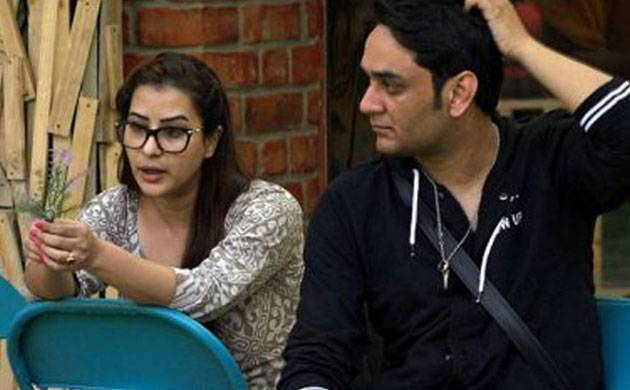Bigg Boss 11: THIS contestant is not so happy with Vikas Gupta-Shilpa Shinde's patch up