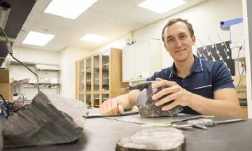 Antarctica 260-million-years ago had forest even before dinosaurs, Scientists recover fossilized tree from Transantarctic Mountains