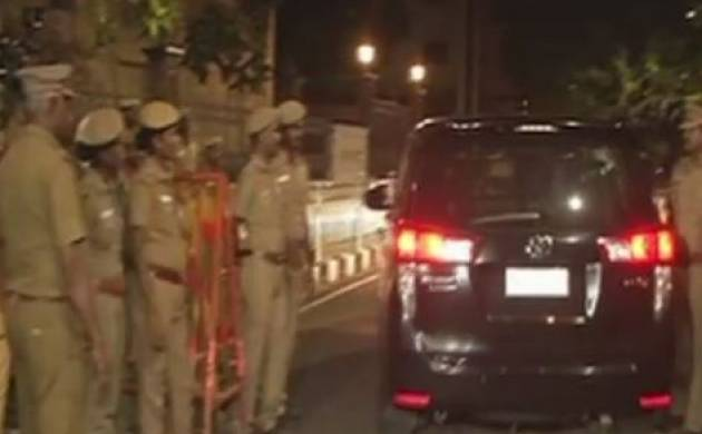 I-Tax Dept raids Sasikala and her relatives' properties in Chennai