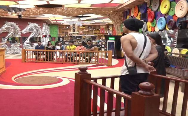Bigg Boss 11: THESE two contestants to have a NASTY fight on Salman Khan's show