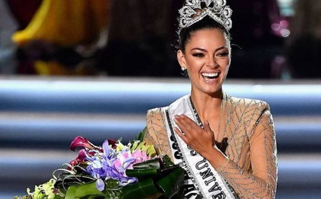 Miss South Africa Demi-Leigh Nel-Peters crowned Miss Universe 2017