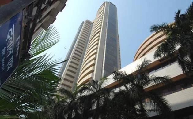 Sensex drops 85 points on profit booking (File Photo)