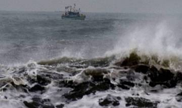 Cyclone Ockhi: Navy engages helicopters to rescue 69 fishermen in Indian Ocean