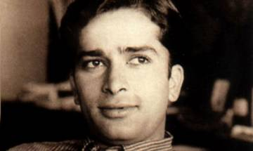 Legendary actor Shashi Kapoor dies at 79; here is how Twitterati reacts to legend's demise
