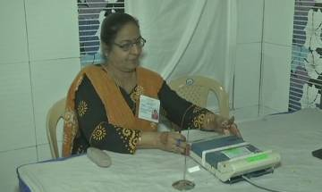 Reports of EVM tampering in Surat, Porbandar, EC replaces faulty machines, orders probe