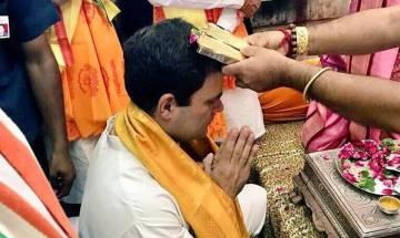 Rahul Gandhi forced to visit temples to win votes in Gujarat: Giriraj Singh