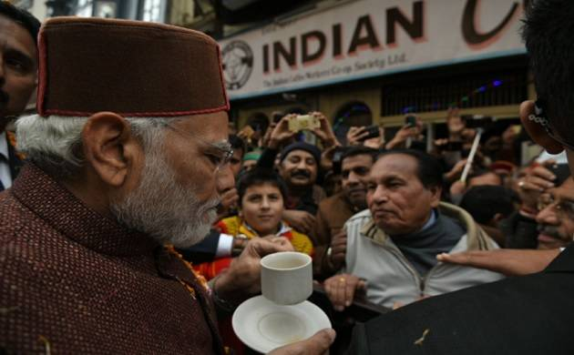 After two decades, PM Modi tastes favourite mall road coffee in Shimla (Photo tweeted by PM's official handle)