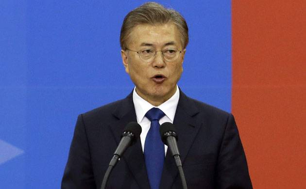 South Korea's Moon Jae-In willing to hold summit with Kim Jong-Un (Source: PTI)