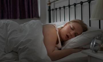 Sleeping for long hours may lead to healthier diet, suggests study