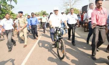 Manohar Parrikar is AFRAID of Goa's roads, doesn't travel by scooter fearing accidents
