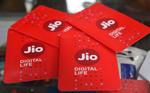 Reliance Jio's Republic Day Offer to give 500 MB more data on 1 GB and 1.5 GB packs (Source: PTI)