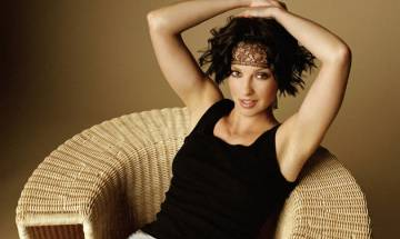 Ashley Judd was asked to take shirt off during first screen test