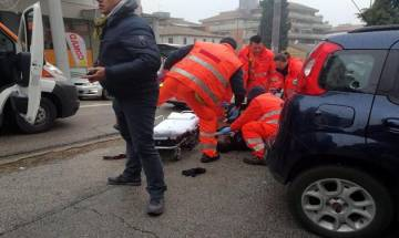 Terrorist opens fire on foreigners in Italian town of Macerata; 6 wounded