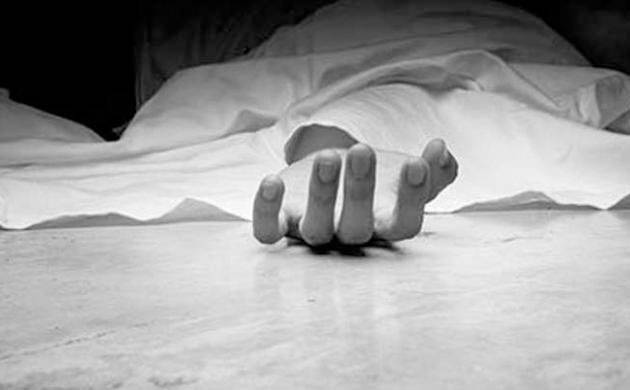 Hyderabad: Couple along with two minor daughters commits suicide (Representative Image)