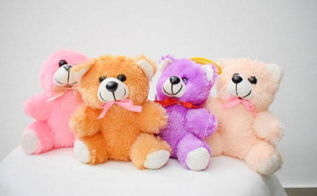 Teddy Day 2018: Here's what each color of Teddy Bear signifies (pic credit: The Festive Store)