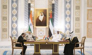 PM Narendra Modi woos investors at Oman-India business meeting