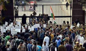 FIR against JNU students for unfair restraint, Delhi High Court asks them not to obstruct staff