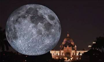 Giant replica of moon set up in Kolkata, visitors gather at Victoria Memorial for a look