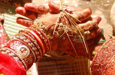 Maharashtra govt to take action against panchayat conducting virginity test on newly married woman