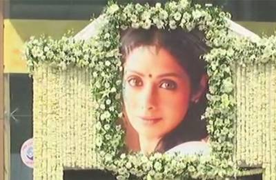 Sridevi cremated with state honours, hundreds pay last respects